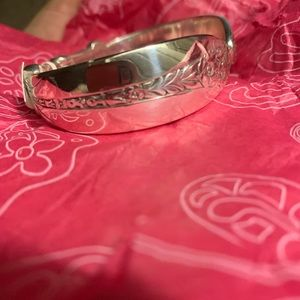 Brighton Jewelry - Brighton NWT Qrtet bangle bracelet with heart&soul